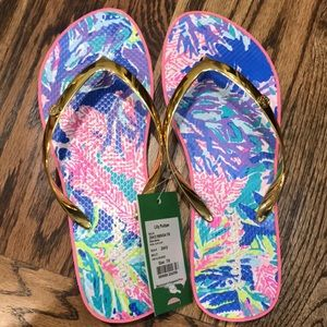 NWTs Lilly Pulitzer Pool Flip Flops
